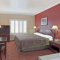 Отель Super 8 North Hollywood Лос-Анджелес комната для гостей фото 2