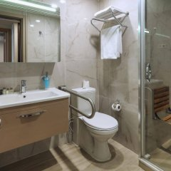 Balturk Hotel Izmit Турция, Измит - отзывы, цены и фото номеров - забронировать отель Balturk Hotel Izmit онлайн ванная