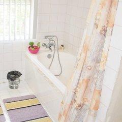 Отель Three Bedroom Holiday Accomodation Гайана, Джорджтаун - отзывы, цены и фото номеров - забронировать отель Three Bedroom Holiday Accomodation онлайн ванная