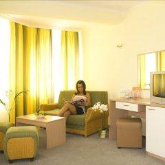 Отель Bellevue Hotel Болгария, Золотые пески - 5 отзывов об отеле, цены и фото номеров - забронировать отель Bellevue Hotel онлайн интерьер отеля фото 3