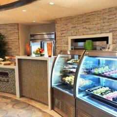 Отель The Westin Resort Guam США, Тамунинг - 9 отзывов об отеле, цены и фото номеров - забронировать отель The Westin Resort Guam онлайн питание фото 3