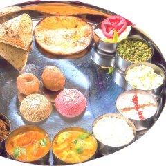 Отель LMB Hotel Индия, Джайпур - отзывы, цены и фото номеров - забронировать отель LMB Hotel онлайн питание фото 3