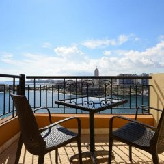 Отель Corinthia St George'S Bay Сан Джулианс балкон