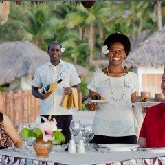 Отель Tropica Island Resort - Adults Only гостиничный бар