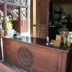 Отель Villa Lao Wooden House интерьер отеля