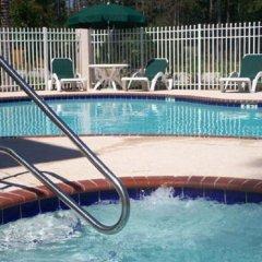 Отель La Quinta Inn & Suites Covington бассейн фото 3
