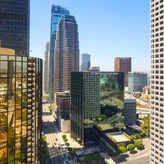 Отель The Westin Bonaventure Hotel & Suites США, Лос-Анджелес - отзывы, цены и фото номеров - забронировать отель The Westin Bonaventure Hotel & Suites онлайн балкон