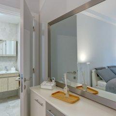 Апартаменты Brand New Designer Finished Apartment, Central Location Гзира комната для гостей фото 3