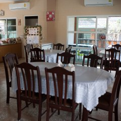 Отель Benwadee Resort питание