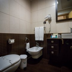 Отель Talisman Португалия, Понта-Делгада - отзывы, цены и фото номеров - забронировать отель Talisman онлайн ванная фото 2