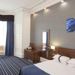 Отель PIRIES Эдинбург комната для гостей