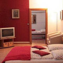 Отель Hayk Германия, Кёльн - отзывы, цены и фото номеров - забронировать отель Hayk онлайн комната для гостей фото 8