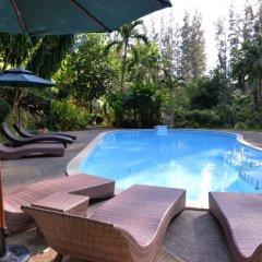 Отель The Delight Pine Tree Village бассейн