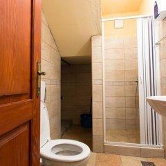 Отель Hostel Old Town Kotor Черногория, Котор - отзывы, цены и фото номеров - забронировать отель Hostel Old Town Kotor онлайн ванная