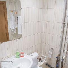 Гостиница Economy on Baykalskaya 234B-4-16 в Иркутске отзывы, цены и фото номеров - забронировать гостиницу Economy on Baykalskaya 234B-4-16 онлайн Иркутск ванная фото 2