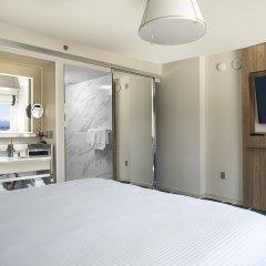 Отель SLS Las Vegas сейф в номере