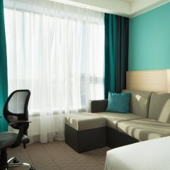 Гостиница Hampton by Hilton Moscow Strogino (Хэмптон бай Хилтон) комната для гостей фото 3