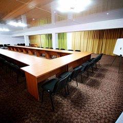 Отель Вояж Кыргызстан, Бишкек - 1 отзыв об отеле, цены и фото номеров - забронировать отель Вояж онлайн помещение для мероприятий фото 2