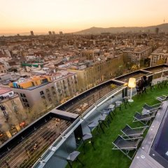 Отель Barcelo Raval Барселона городской автобус