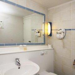 Отель Kyriad Cannes Mandelieu ванная