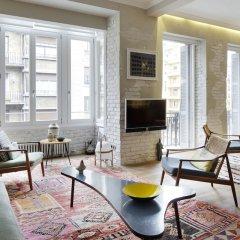 Апартаменты Dear Oldie Apartment by FeelFree Rentals комната для гостей фото 5