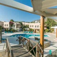 Отель Ida Village I & II бассейн