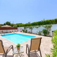 Отель Villa Zacharia Кипр, Протарас - отзывы, цены и фото номеров - забронировать отель Villa Zacharia онлайн бассейн
