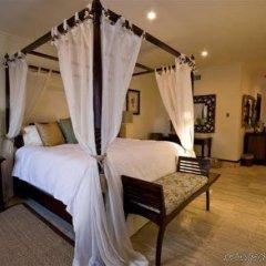 Отель Aquamarina Luxury Residences спа