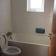 Отель Galatia's Court Кипр, Пафос - отзывы, цены и фото номеров - забронировать отель Galatia's Court онлайн ванная