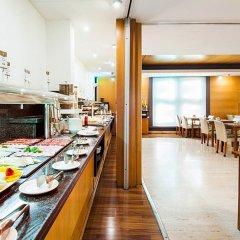 Отель Exe Cristal Palace Испания, Барселона - 12 отзывов об отеле, цены и фото номеров - забронировать отель Exe Cristal Palace онлайн питание фото 3