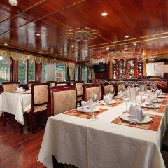 Отель Halong Legacy Legend Cruise питание