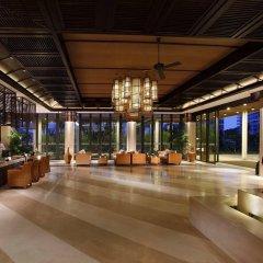 Отель Serenity Coast All Suite Resort Sanya интерьер отеля