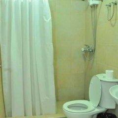Отель Ace Penzionne Филиппины, Лапу-Лапу - отзывы, цены и фото номеров - забронировать отель Ace Penzionne онлайн ванная фото 2