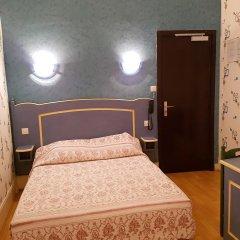 Отель Hôtel Sibour комната для гостей