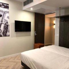 Отель New Kit Нидерланды, Амстердам - отзывы, цены и фото номеров - забронировать отель New Kit онлайн удобства в номере фото 2