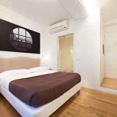 Отель B&B Le Stanze del Duomo сейф в номере