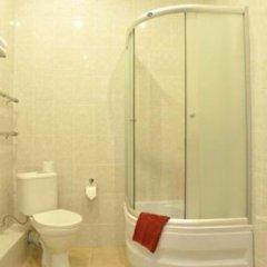 Отель Red Apple Санкт-Петербург ванная