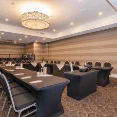 Отель Sandman Hotel Calgary City Centre Канада, Калгари - отзывы, цены и фото номеров - забронировать отель Sandman Hotel Calgary City Centre онлайн помещение для мероприятий