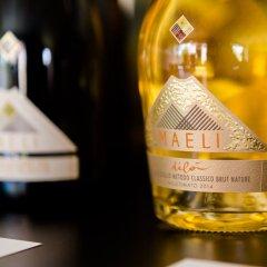 Отель Maeli Winery House Италия, Региональный парк Colli Euganei - отзывы, цены и фото номеров - забронировать отель Maeli Winery House онлайн гостиничный бар