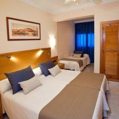 Hotel Ses Figueres сейф в номере