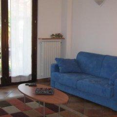 Отель A Casa da Franz Манерба-дель-Гарда комната для гостей фото 2