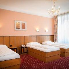 Отель Gartenhotel Gabriel City комната для гостей фото 8
