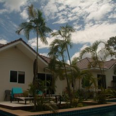 Отель Bangsaray Villa бассейн