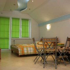Гостиница Балтийский Бриз в Балтийске отзывы, цены и фото номеров - забронировать гостиницу Балтийский Бриз онлайн Балтийск комната для гостей фото 2