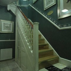 Отель Opulence Central London сейф в номере