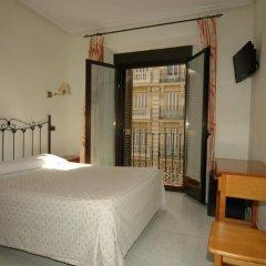 Отель Hostal Ivor комната для гостей фото 3