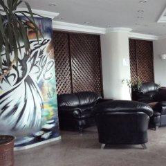West Ada Inn Hotel интерьер отеля фото 2