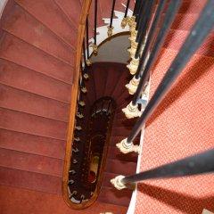 Отель Royal Elysées Франция, Париж - 3 отзыва об отеле, цены и фото номеров - забронировать отель Royal Elysées онлайн интерьер отеля фото 2