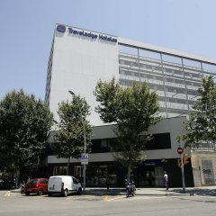 Отель Travelodge Barcelona Poblenou парковка