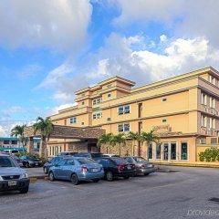Отель Wyndham Garden Guam парковка